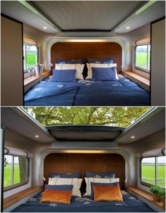 Полноценная спальная зона позволит не только качественно отдохнуть, но и наслаждаться красотой бескрайнего неба (караван Lume Nordic-LT540).
