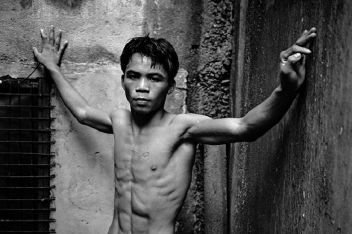 Даже голодное детство не отбило у него стремление сталь лучшим боксером мира.