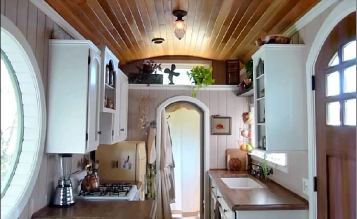 Кухня получилась функциональной и уютной.