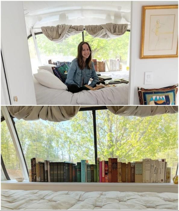 Теперь у Джесси есть и библиотека, и место для чтения.