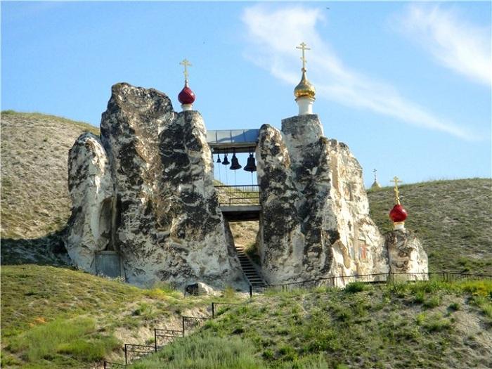 Свято-Спасский женский монастырь (Костомарово, Россия)
