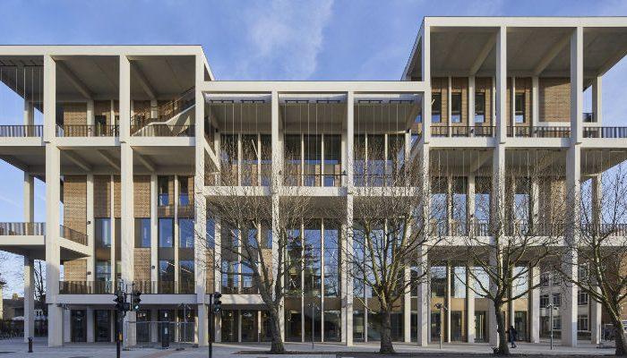 Новый корпус Кингстонского университета в Лондоне может стать 25-лауреатом Премии Стирлинга (Великобритания).   Фото: constructionnews.co.uk.