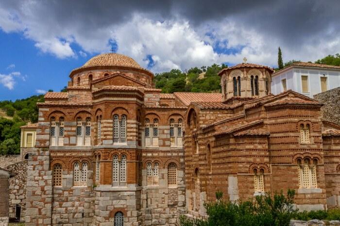 Hosios Loukas in Distomo – один из наиболее выдающихся шедевров византийского зодчества (Греция). | Фото: voiotosp.blogspot.com.