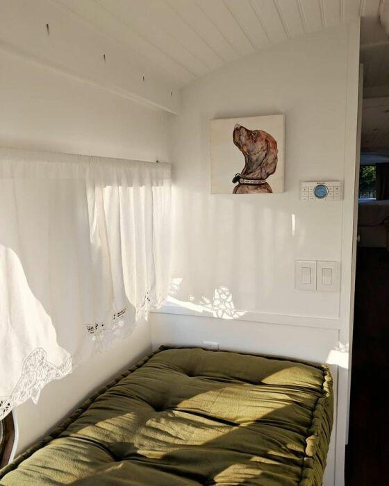 Спальное место для засидевшихся гостей. | Фото: travelermaster.com.