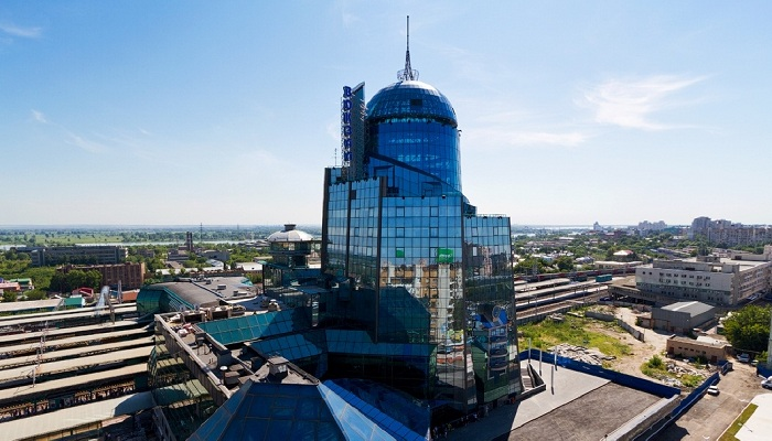 Со смотровой площадки видно весь город.
