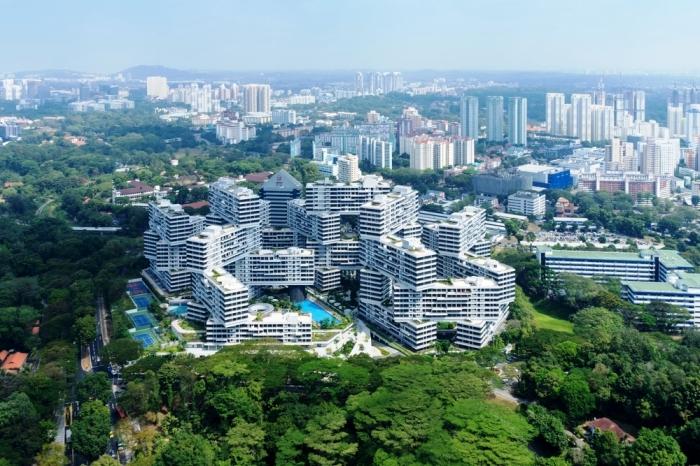 Комплекс «Interlace» расположен на 8 га земли рядом с городской парковой зоной (Сингапур). | Фото: aeworldmap.com.