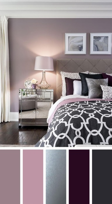 Элегантная палитра разных оттенков сиренево-сливовых цветов с добавлением серебра позволит создать роскошную спальню. | Фото: cpykami.ru.