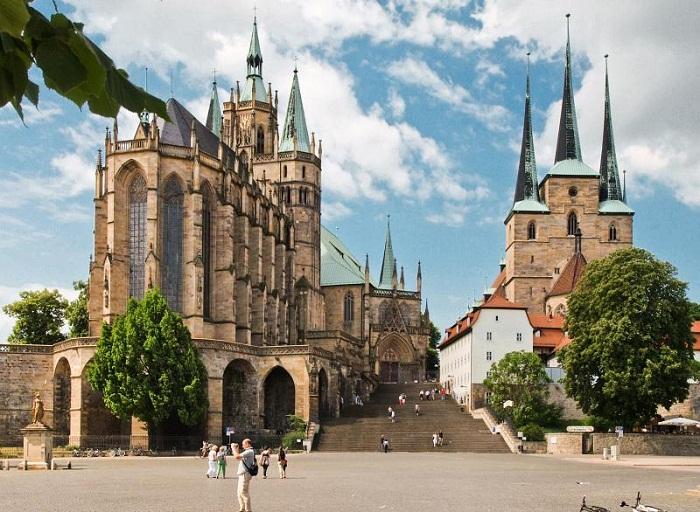 Эрфуртский замок в наше время: в нем утонуло много знатных вельмож  (Германия). | Фото: bigpicture.ru.