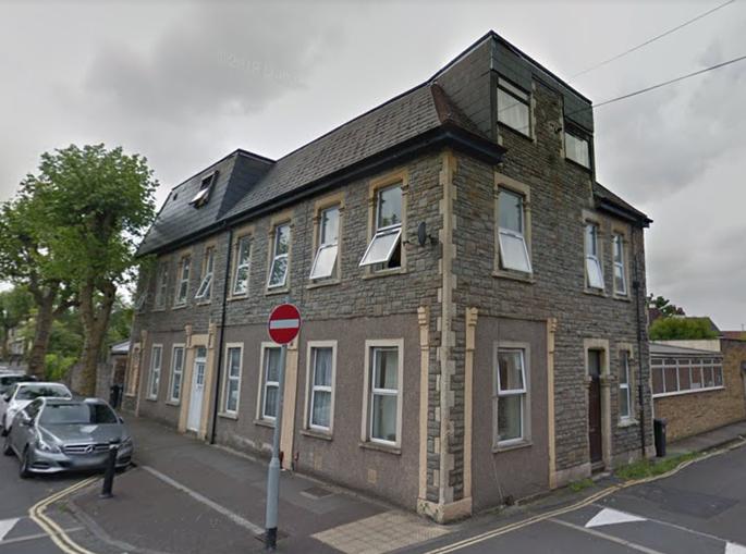 Энди Уотсон 17 лет даже не подозревал, что живет в необычном доме (Бристоль, Великобритания). | Фото: rus.postimees.ee.