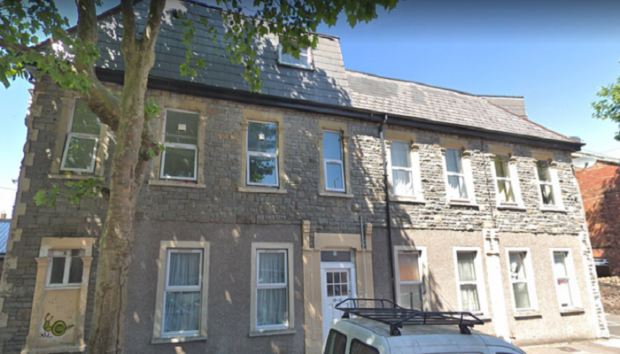 Вполне обычный с виду дом оказался узким домом-«картонкой» (Бристоль, Великобритания). | Фото: rus.postimees.ee.