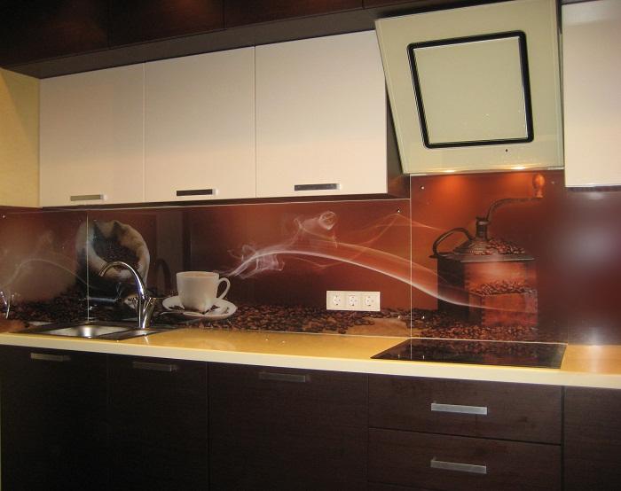 Кухонный фартук из стекла с оригинальным фотопринтом.