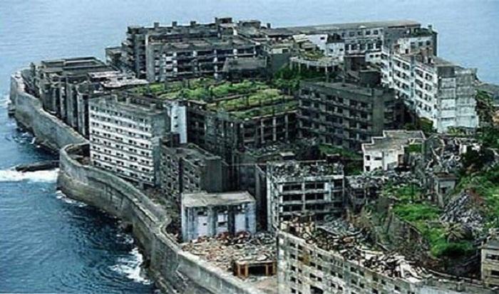 Остров Хасима — главный промышленный центр Японии до середины прошлого века.