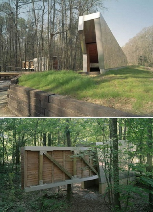 Такие общественные туалеты удивляют посетителей парка Перри-Лейкс в Алабаме (США). | Фото: glavcom.ua.