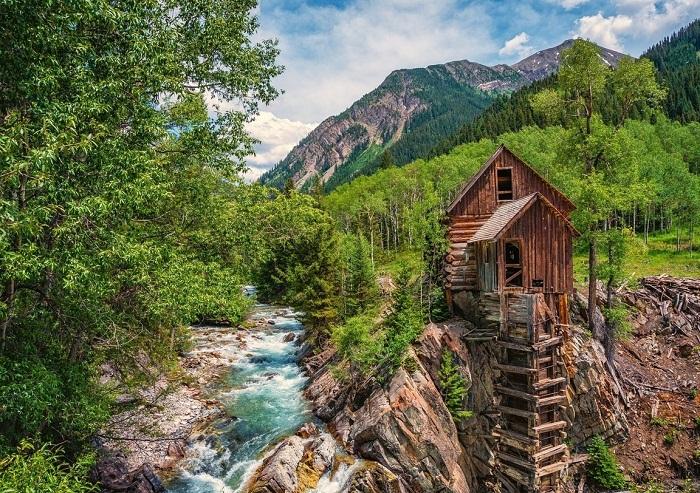 Деревянная электростанция на реке Кристалл (США).