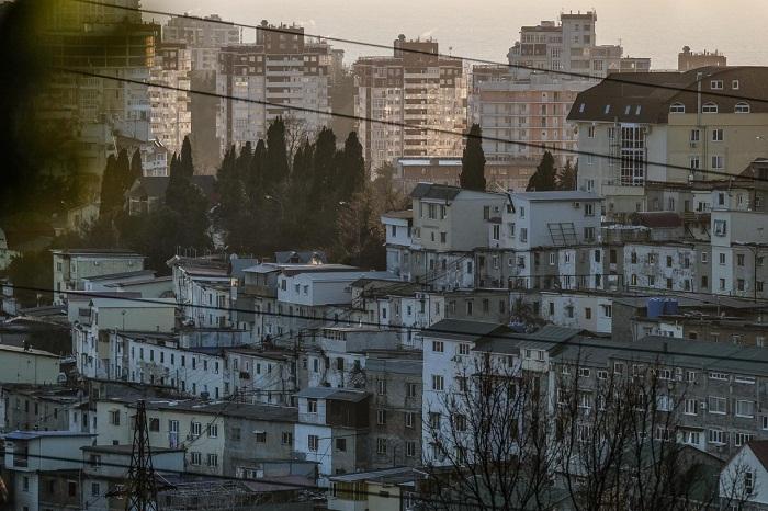 Весь город опутан сетью таких «русских фавел».