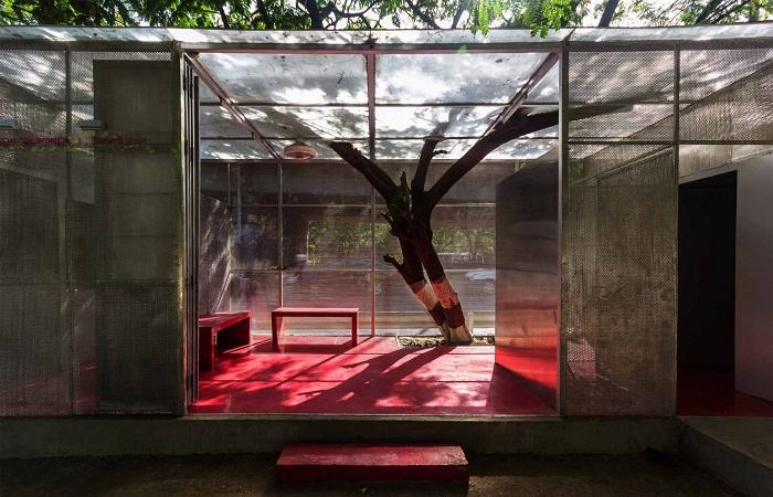 В общественном туалете есть женская половина The Light Box (Тейн, Индия). | Фото: news.21.by.