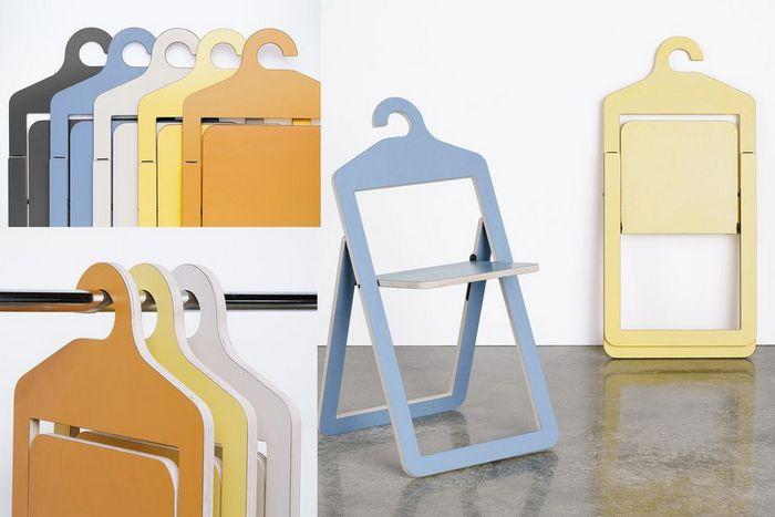 А такие стулья можно вешать прямо в шкаф. | Фото: cpykami.ru.