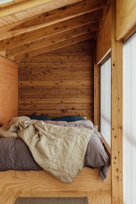 «Апартаменты конюха» для любителей провести время в окружении сельских мотивов («Longhouse», Daylesford). | Фото: worldarchitecture.org.