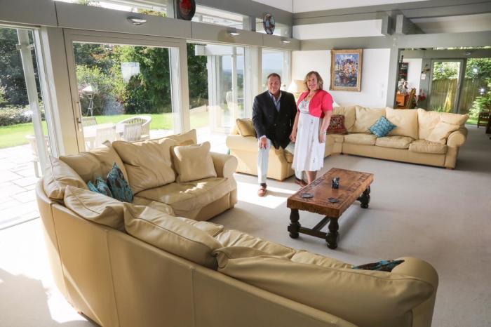 Открытая планировка дома делает его более просторным и светлым (Avon Place, Рингвуд). | Фото: theworldnews.net.