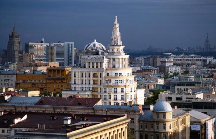 Авторы проекта утверждают, что ЖК «Патриарх» спроектирован в старомосковском стиле. | Фото: daypic.ru.