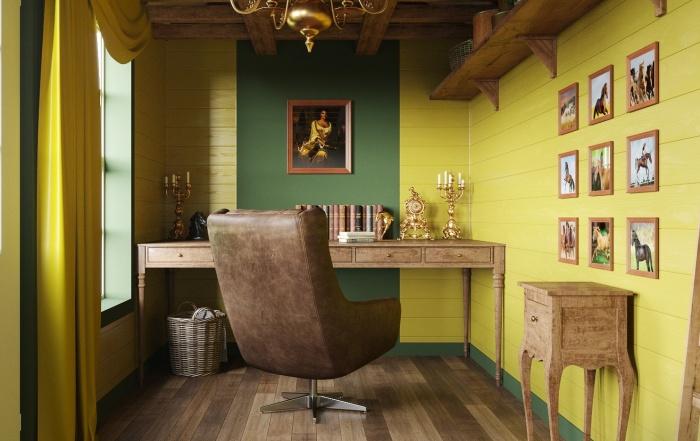 Изысканная мебель, натуральное дерево и кожаное кресло непременно понравилось бы герцогу Гастингсу (дизайн-проект Office in Clyvedon Castle).   Фото: apartmenttherapy.com.