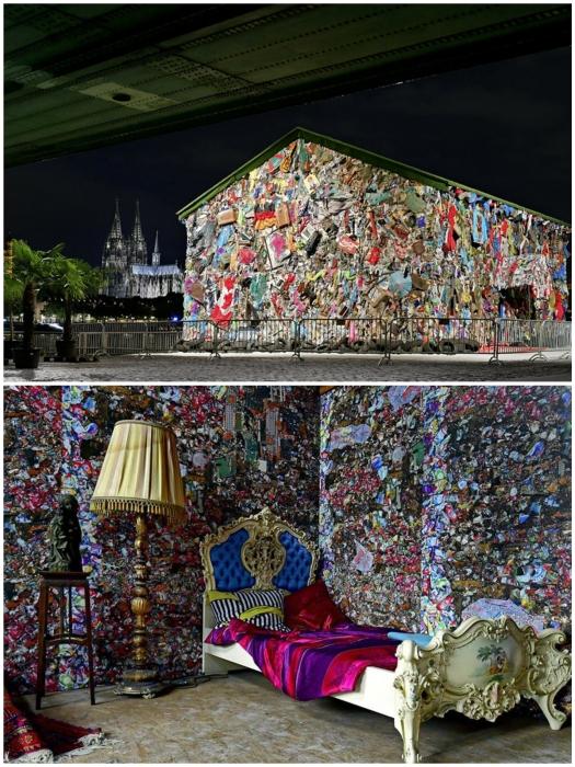 После ошеломительного успеха в Мадриде, автор идеи создал подобный объект в Риме и Кельне (Save the World Hotel, Кельн).