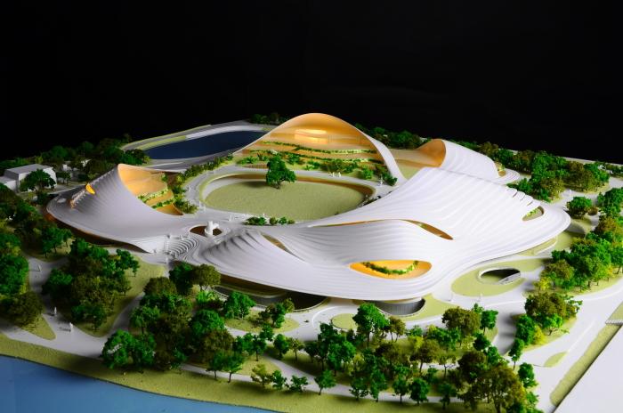 Макет интегрированного в природный прибрежный ландшафт Общественного центра Цзясина (концепт от MAD Architects).
