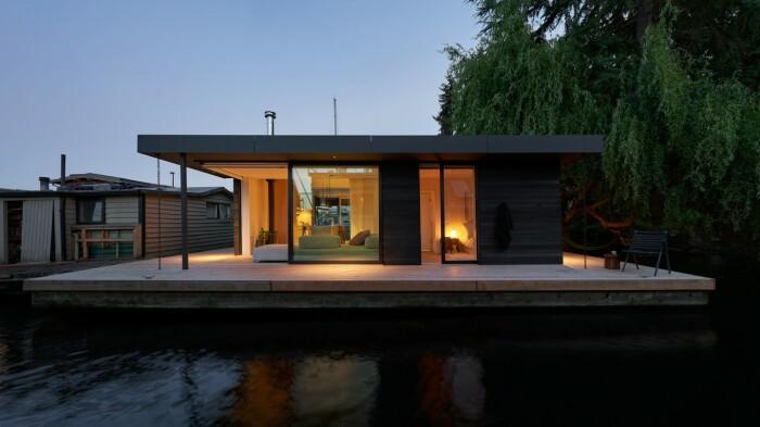 Плавучий дом удостоился премии за лучший дизайн (Portage Bay Float Home, Сиэтл).   Фото: architectmagazine.com.