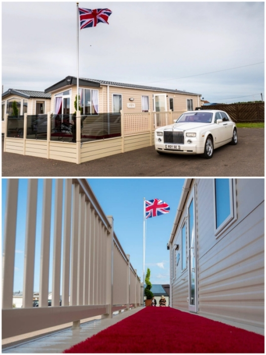 Гости могут остановиться в трейлере «Королевский караван» в Кейтон-Бей, интерьер которого был оформлен по образцу Букингемского дворца (Royal Caravan, Великобритания).