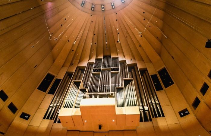 В Главном концертном зале находится самый большой механический орган в мире (The Sydney Opera House, Австралия).   Фото: classicalmusicnews.ru.