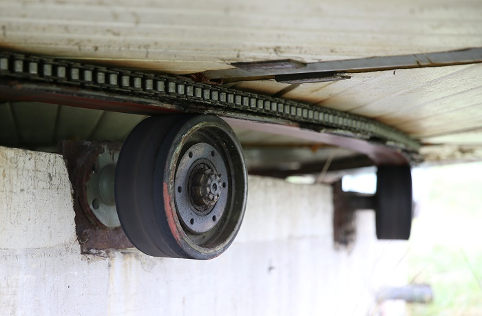 Пенсионеру удалось установить дом на колеса военного транспортера (Босния).   Фото: armeniatoday.news.