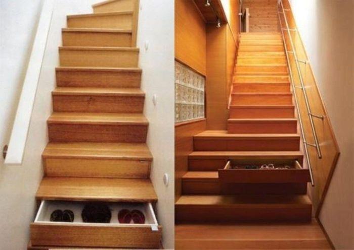 Нельзя оставлять ящики, которые спрятаны в лестнице отрытыми. | Фото: pinterest.com.