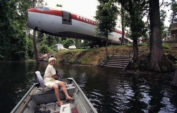 Необычный дом сделал Джо Энн знаменитой на всю страну (дом-самолет «Little Trump»). | Фото: lemurov.net.
