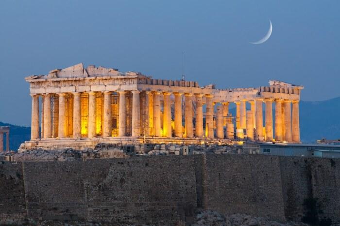 Парфенон – одно из самых культовых сооружений в мире, ставшее образцом греческой архитектуры (Афины, Греция). | Фото: mymodernmet.com.