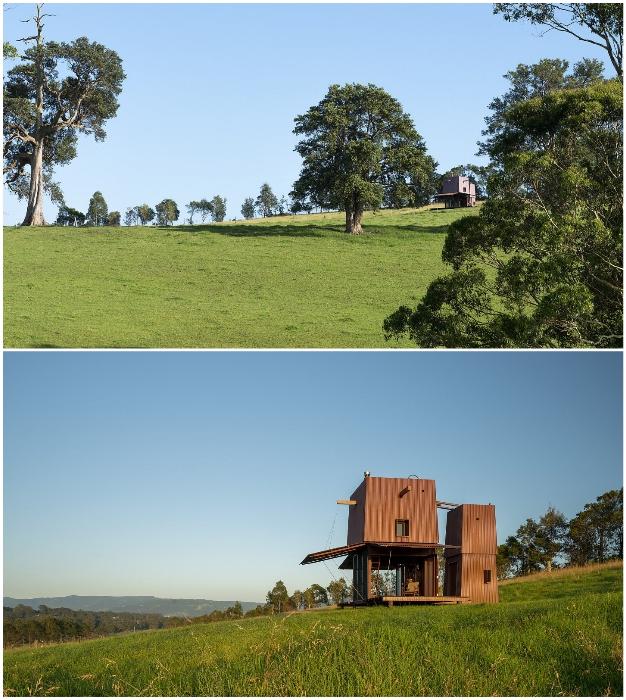 Домик Permanent Camping-2 расположен на пологом холме, среди живописной природы с видом на Тихий океан (Австралия).