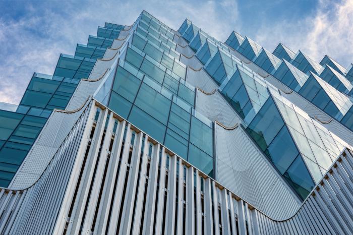 Основным материалом для оформления фасада высотки являются стекло и сталь (One Hundred tower, Сент-Луис). | Фото: archdaily.com.