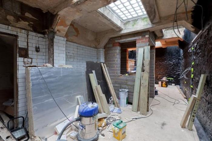 Со временем стали вырисовываться отдельные комнаты квартиры.
