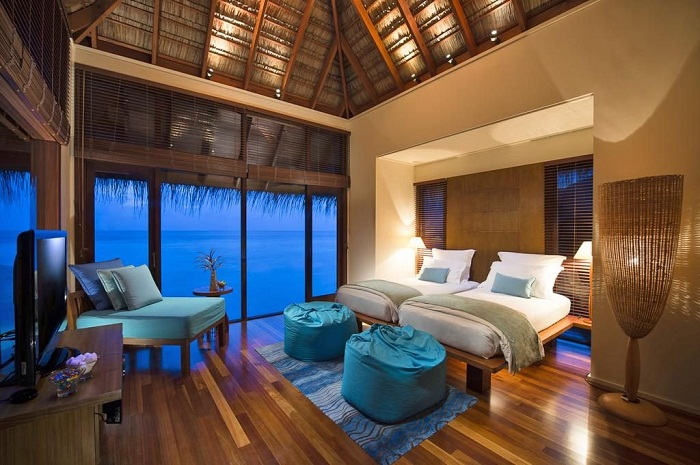 Так выглядит вилла, расположенная на суше (Отель Conrad Maldives).