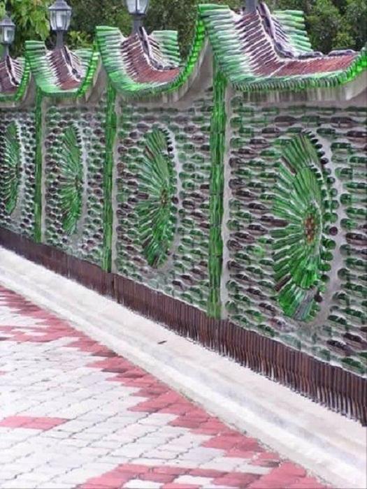 Соорудите такой необыкновенно красивый забор.