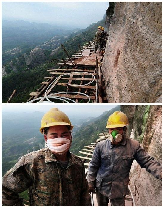 Сначала  устанавливают опоры и прокладывают основу под строительные леса. | Фото: archidea.com.ua.
