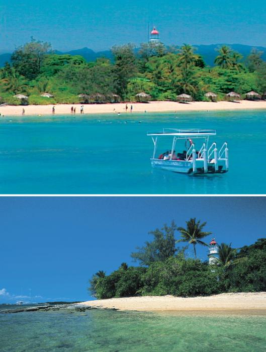 Туристы на побережье райского острова не дадут скучать одинокому смотрителю (Low Isles, Австралия). | Фото: mediastorehouse.com/ weekendnotes.com.