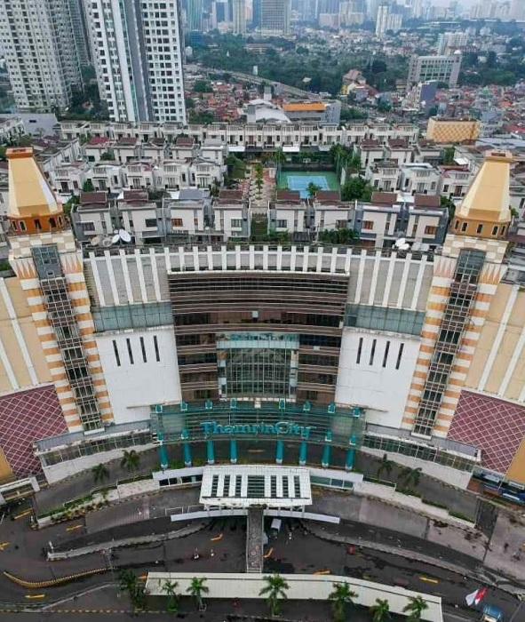 Деревня Cosmo Park занимает площадь 1,2 га и расположена на уровне 10-ти этажного дома (Джакарта, Индонезия). | Фото: kmgram.com.