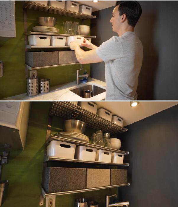 Открытые полки и пластиковые контейнеры одинакового размера позволили более рационально организовать пространство кухни и спрятать нужные вещи. | Фото: aol.com/ © AOL.COM EDITORS.