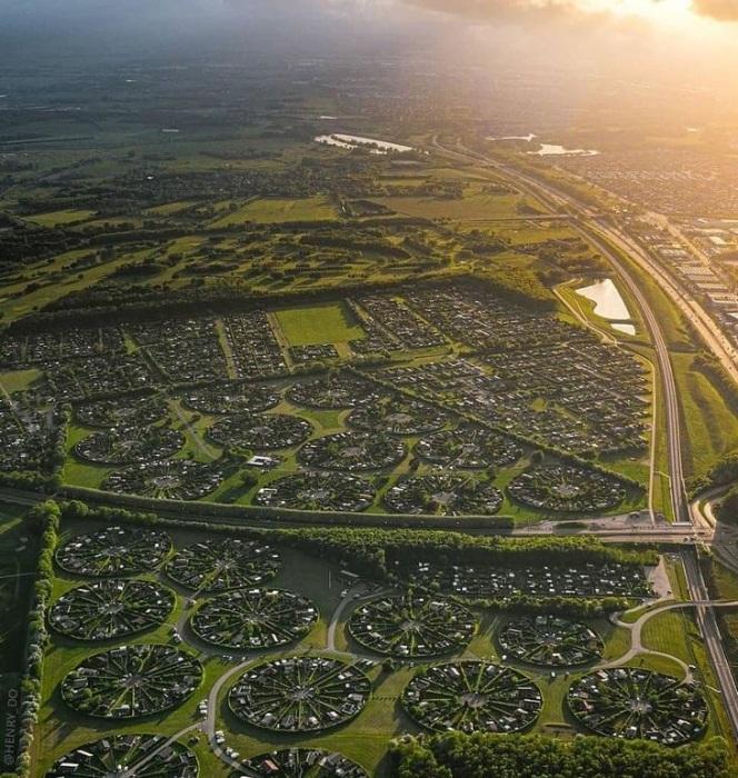 С высоты птичьего полета город-сад Брондбю имеет завораживающий вид (Дания). | Фото: pro-remont.mediasalt.ru.
