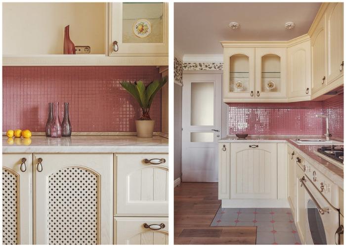 Плитка небольшого размера грязно розового цвета, является главным украшением интерьера кухни.