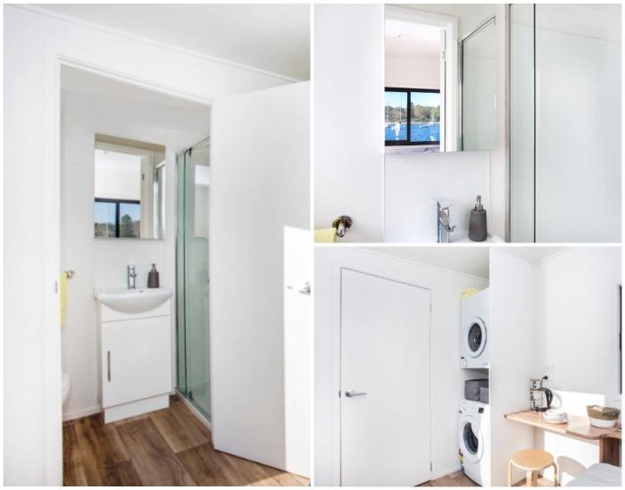 Полностью укомплектованная ванная комната с туалетом есть в каждой модели, а прачечную могут оборудовать по желанию клиента. | Фото: designerecotinyhomes.com.au.