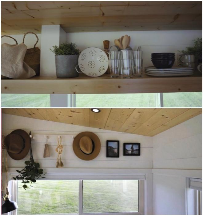 Вертикальные пространства задействовали с помощью открытых полок и крючков (Ikea Tiny Home).