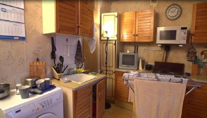 Такой вид имела кухня до полного преобразования.