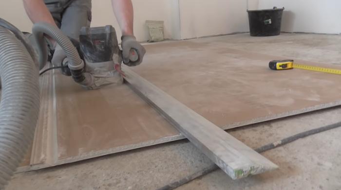Для подготовки  деталей будущей столешницы можно использовать метод фрезеровки гипсокартона. | Фото: youtube.com.