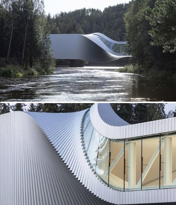 Уникальный мост-музей Twist занял достойное место в парке скульптур Kistefos (Норвегия). | Фото: aasarchitecture.com.